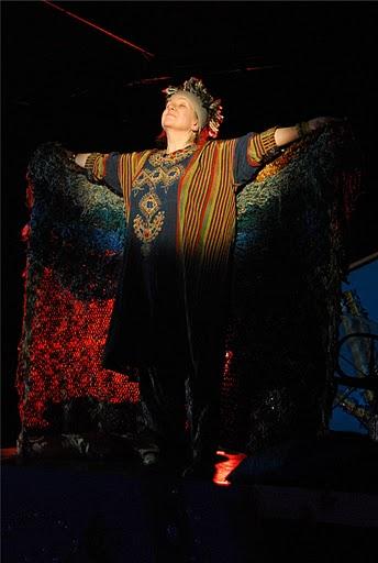 Margot Avery as Grannie.